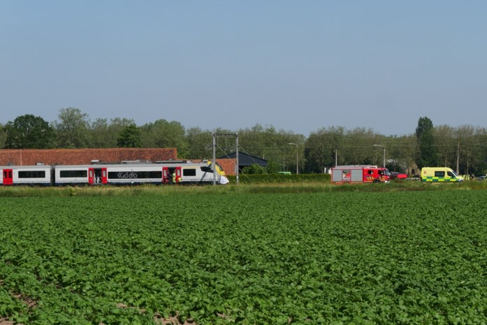 Treinverkeer op spoorlijn Deinze-Gent ruime tijd onderbroken door ongeval