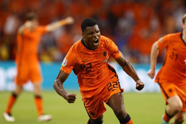 Het gedoe is (even) gedaan: offensief Oranje geeft zege bijna uit handen maar wint na knotsgekke wedstrijd van Oekraïne