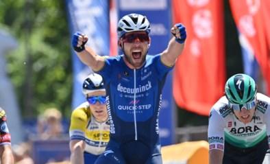 Dolblije Mark Cavendish wint koninklijke sprint in Baloise Belgium Tour, eindzege is voor Remco Evenepoel