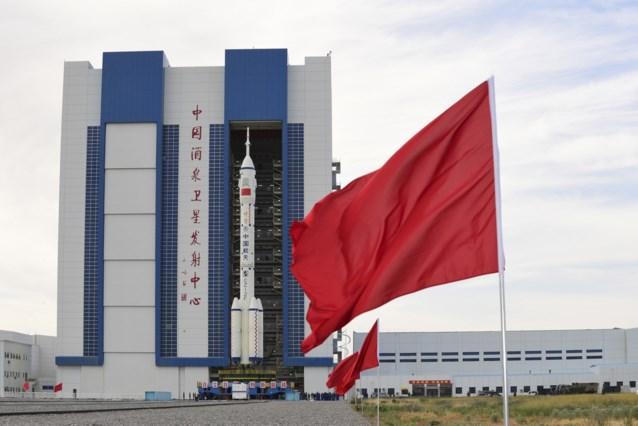 Eerste Chinezen vliegen naar ruimtestation Hemels Paleis