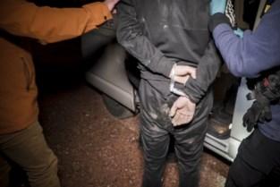 Twee jaar cel geëist voor broers die politie te lijf gaan tijdens controle