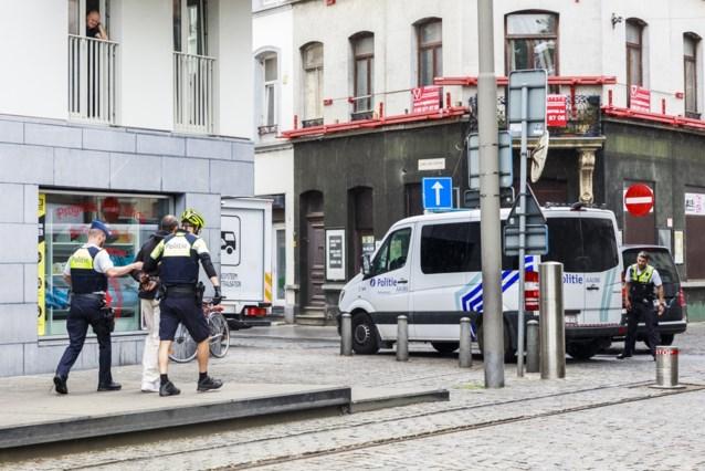 Politie vindt storende bromfiets via lekkende tank