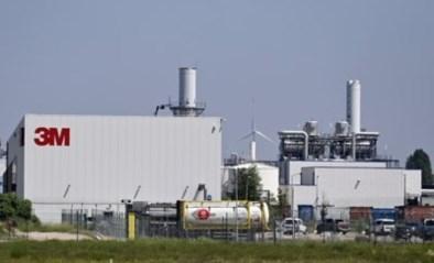 """""""Eet geen eigen eieren of pluimvee, drink geen grondwater als u in de omgeving van de 3M-fabriek woont"""""""