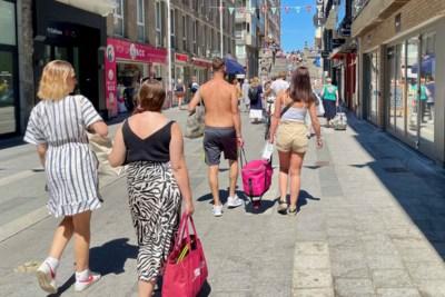 """Na Knokke wil ook Blankenberge blote bovenlijven verbieden: """"Dresscode moet overlast beperken"""""""