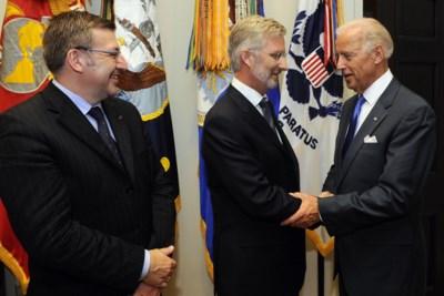 Zelfs in begroeting zat al sneer naar Trump: zo verloopt de ontvangst van Joe Biden in ons land