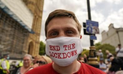 Britten krijgen nog geen versoepelingen, maar wel steeds meer besmettingen: andere strategie doet Groot-Brittannië de das om