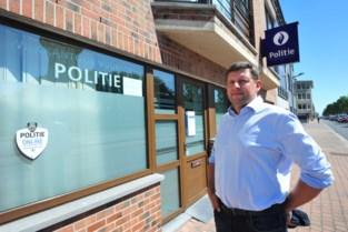 """Wijkpolitie vernieuwt, en dat leidt tot protest over sluiting kantoor Vuurtorenwijk: """"Zo'n groot stuk zonder wijkkantoor is voor ons onvoorstelbaar"""""""