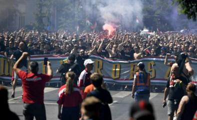 EK LIVE. Van corona plots geen sprake in Boedapest: 67.000 (!) supporters palmen straten in
