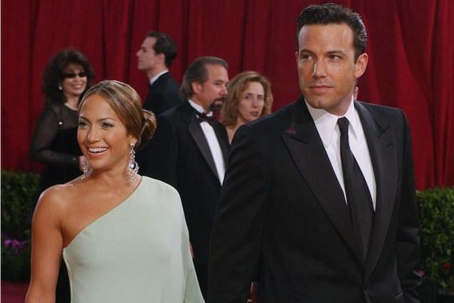 Ben Affleck en Jennifer Lopez kussend gespot