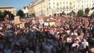 """Duizenden actievoerders komen op straat voor LGBTQ-rechten in Hongarije: """"Ik wil mijn kinderen opvoeden in een tolerant land"""""""