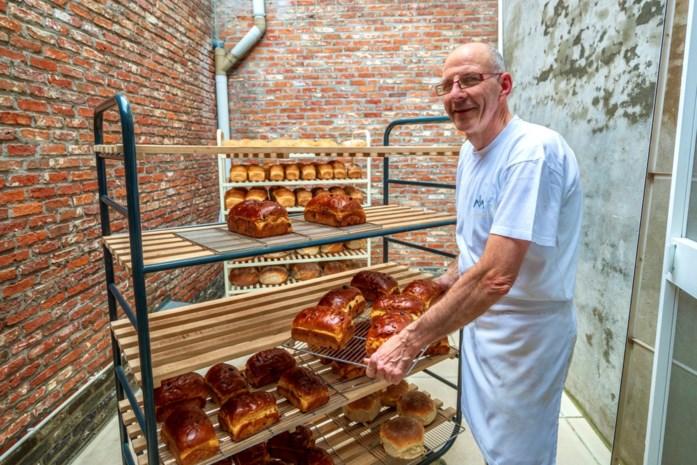 """Klanten in de rij voor laatste dag bakkerij Matthys: """"Zelfs serenade gezongen"""""""
