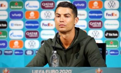De gezondheidsfreak in Cristiano Ronaldo komt boven: Portugese sterspeler woest om flesjes cola op persconferentie