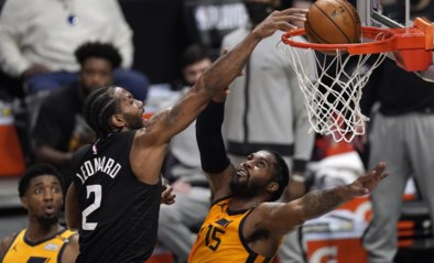 """Basketbalwereld valt van zijn stoel na monsterdunk van NBA-ster Kawhi Leonard: """"Dit was… intens, wauw!"""""""