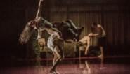 RECENSIE. 'Triptych' van Peeping Tom: Als dansers als lijken uit de kast vallen ****