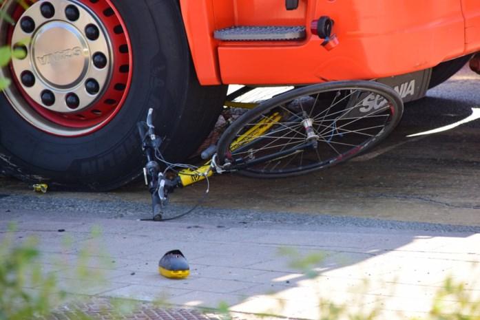 83-jarige fietser buiten levensgevaar na ongeval met vrachtwagen