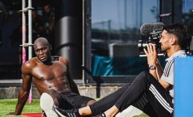 Wat een monster: Lukaku ontbloot de spieren in extra trainingssessie met Mertens