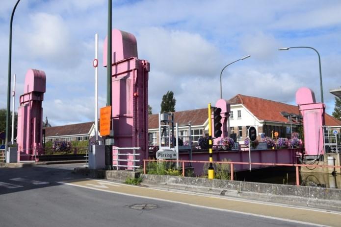 Opnieuw werken aan Oude Kaaibrug