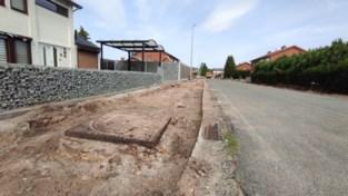 """De Watergroep stelt aannemer in gebreke: """"Waterleiding met asbest stukgeslagen"""""""