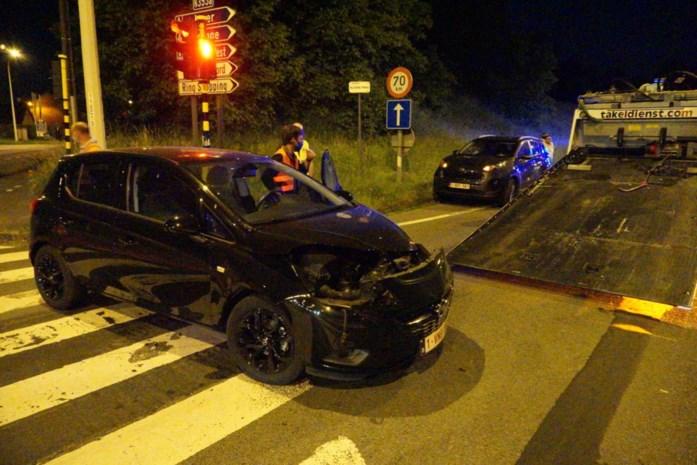 Verstrooide automobiliste ramt koppel op R8