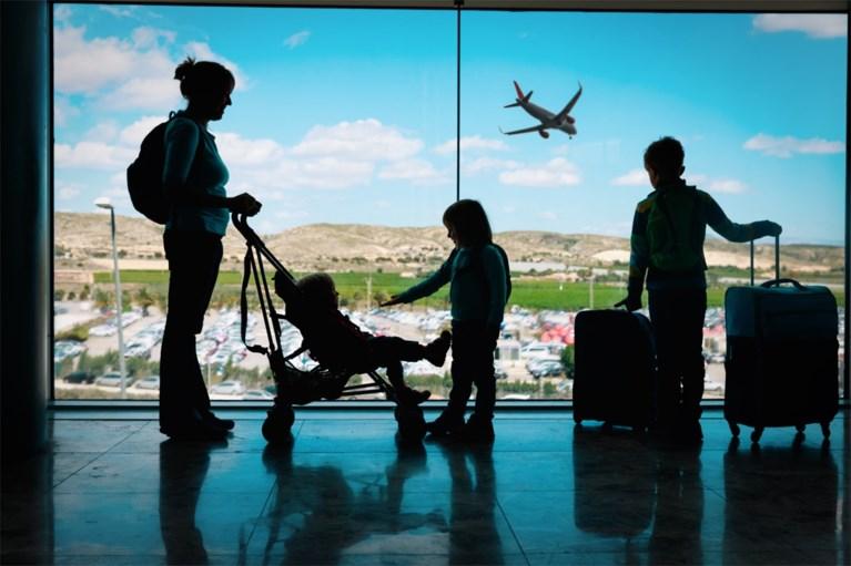 Vergeet door alle coronastress de Kids-ID niet als je met vakantie gaat