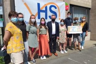 Leerlingenraad VHSI schenkt 1.500 euro aan 't Veldzicht