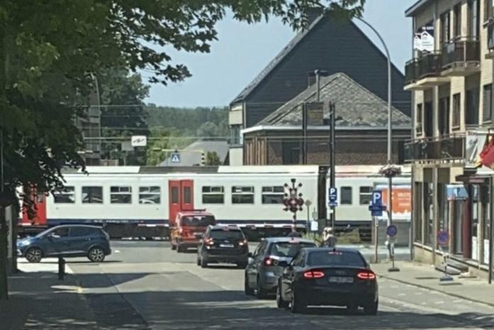 Treinverkeer onderbroken na aanrijding
