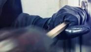 Inbrekers rijden weg met BMW Cabrio van Bilzenaar