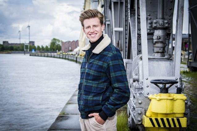 'Thuis'-acteur Lennart Lemmens dient klacht in voor gelekte naaktfoto's