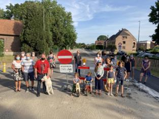Vlaams minister Lydia Peeters voert snelheidsverlaging op André Dumontlaan in