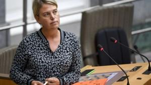"""Joke Schauvliege """"betreurt spelletje zwartepieten"""" over PFOS-vervuiling"""