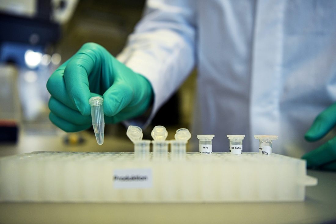 """Bijna 3 miljoen dosissen op komst van 'gebuisd' vaccin Curevac: """"Zelfs voor een derde prik hebben we dit niet nodig"""""""