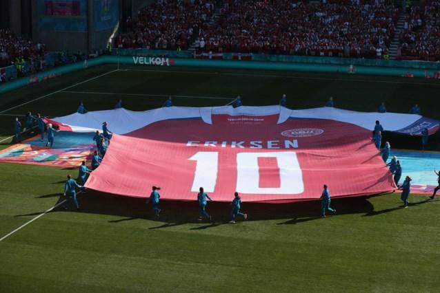 Beklijvende taferelen in Parken: Belgen overhandigen truitje voor Eriksen, heel het stadion klapt in tiende minuut