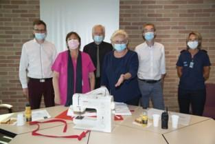 SNT schenkt tien naaimachines aan gevangenis van Brugge