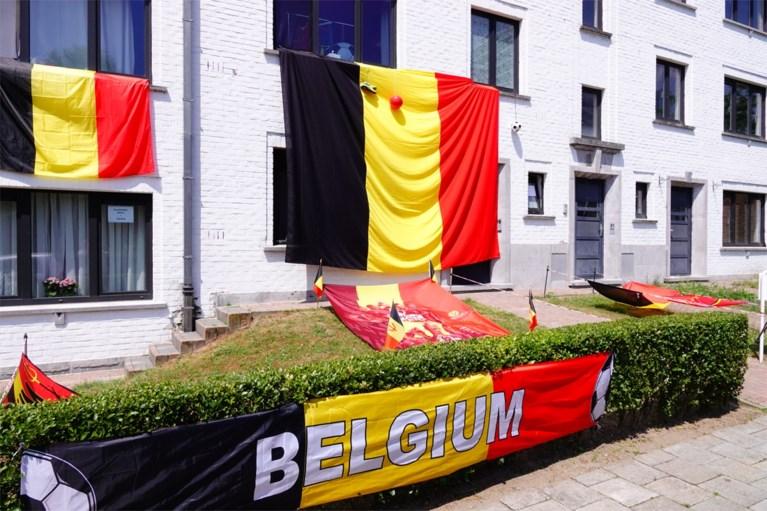 Malem is er klaar voor: heeft Mark de grootste driekleur van Gent hangen?