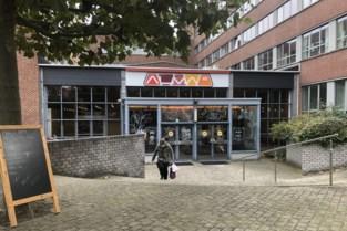 Harde keuzes om studentenrestaurant Alma te redden: directie wil 42 personeelsleden ontslaan en grootkeuken sluiten