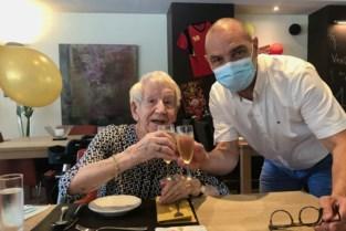 """Gina viert honderdste verjaardag: """"Ik ben blij met de fijne dingen die anderen voor mij doen"""""""