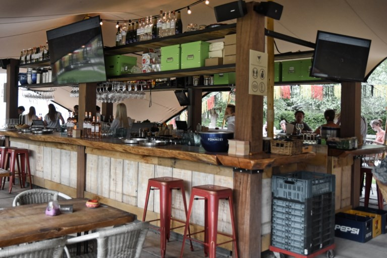 Aangenaam genieten bij Chez Flor, de zomerse pop-up bar