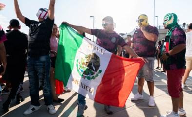 Mexico moet twee matchen achter gesloten deuren spelen vanwege homofobe gezangen