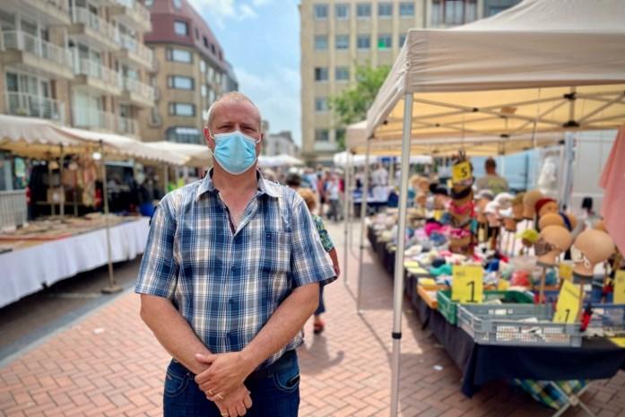 """Marktkramer Joris krijgt duizenden euro's standgeld terugbetaald na rechtszaak tegen stadsbestuur: """"Dit is een precedent, en daar draaide het om"""""""