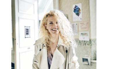 """""""Ik hoefde geen enkele #MeToo-ervaring te verzinnen"""": Sylvia Van Driessche schrijft explosieve roman"""