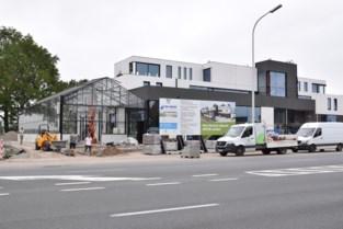 """""""Nieuwe Aveve opent op 24 juli"""", ook Dorpsapotheek Waarschoot op komst"""