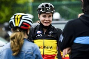 """Ambitieuze Lotte Kopecky heeft al plannetje klaar: """"Als de benen meewillen, doe ik er alles aan om alleen toe te komen"""""""