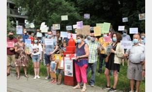 Buurt protesteert tegen nieuwbouwproject Beyerse Velden