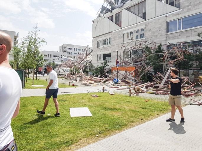 IN BEELD. Enorme ravage nadat basisschool in opbouw is ingestort op Nieuw Zuid