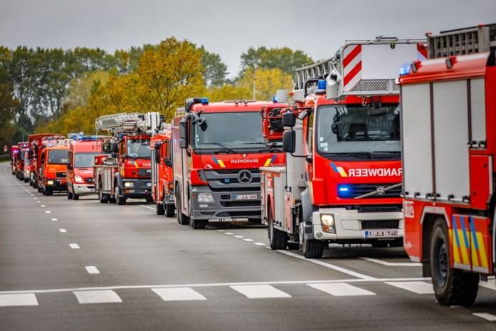 PFOS zat zelfs in blusschuim: Bart Somers wil alle brandweerkazernes onderzoeken op vervuiling