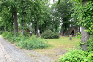 Hek rond park Hagelbergkapel plots verdwenen