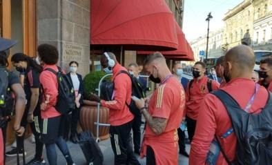 RODE DUIVELS LIVE. Spelers zijn aangekomen in hun hotel, nu al 12,75 miljoen euro verdiend op EK