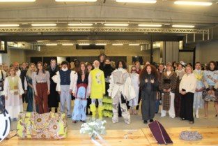 Modestudenten Ursulinen tonen creaties tijdens modeshows