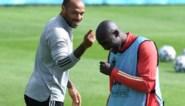 """Thierry Henry laat Duivels verweesd achter: """"Hij is tien jaar gestopt en trapt die bal zomaar binnen"""""""