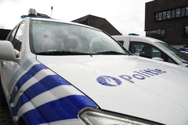 Auto tegen verlichtingspaal in Diepenbeek: Bilzense gewond